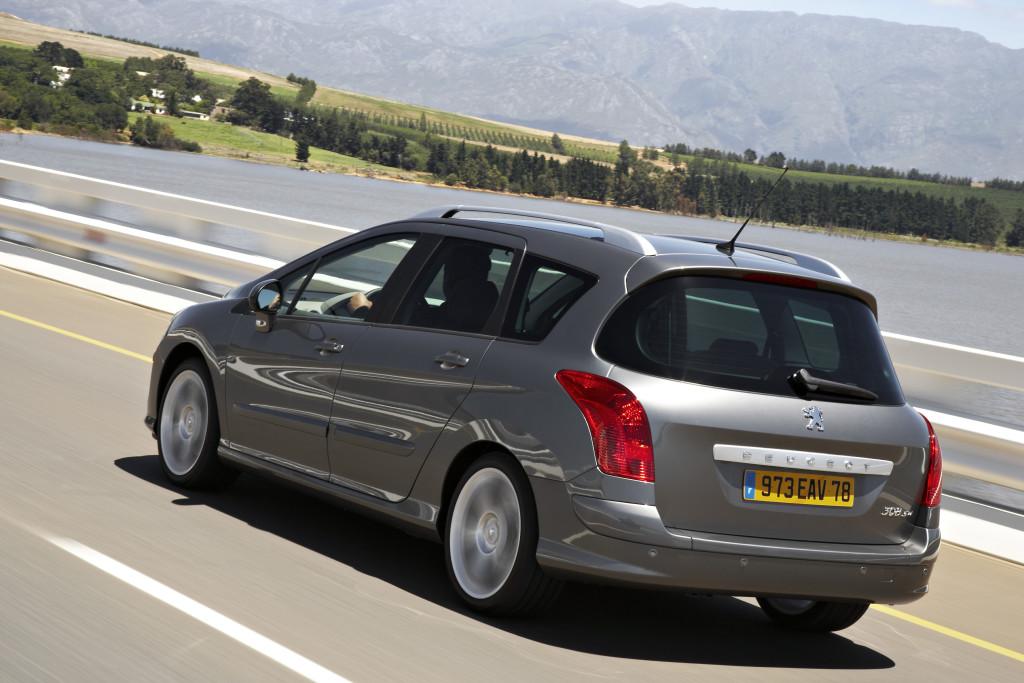 2008_Foto 5bis Peugeot 308 SWPeugeot